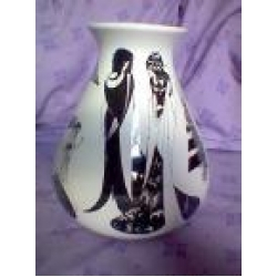 Poole Beardsley vase Sue Pottinger