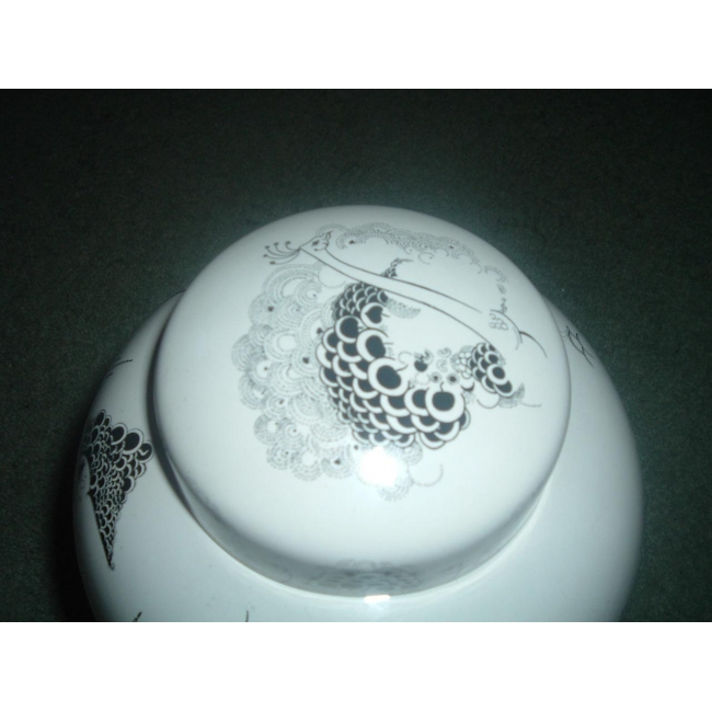 Pooe Large Beardsley Ginger jar