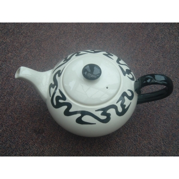 Poole Body Art teapot